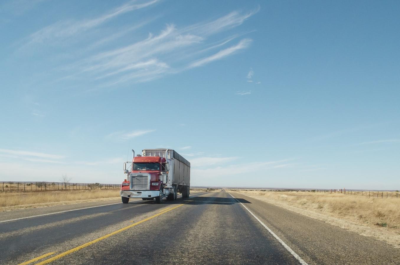 Cuidados no transporte de carga – 5 itens para você se atentar antes de viajar
